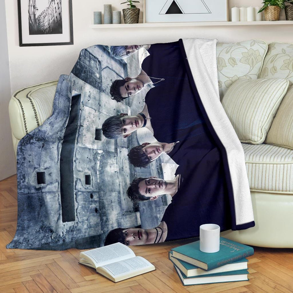 Monsta X Blanket Version 1