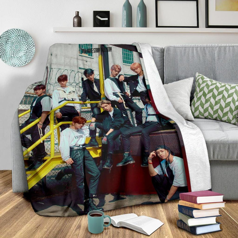 Stray Kids Double Knot Blanket
