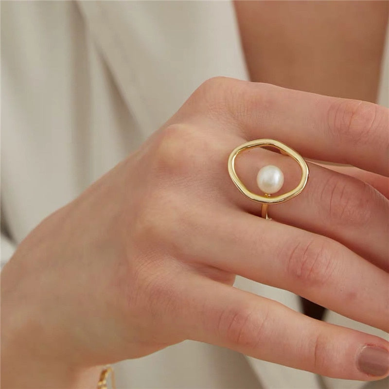 Geometrical Irregular Pearl Ring