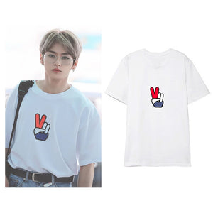 Straykids LEE KNOW Peace Shirt