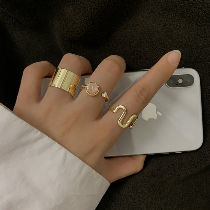 Vintage Stone Metallic Ring Set