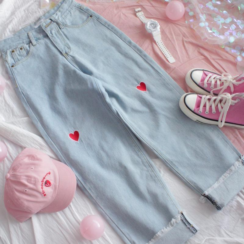 High Waist Denim Pants With Heart Embroidery