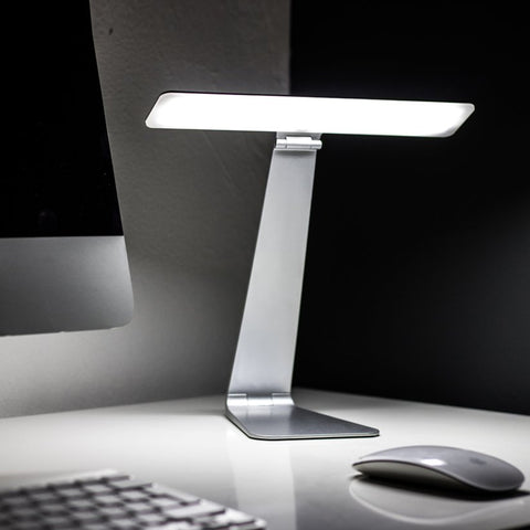 iLight LED Desk Lamp