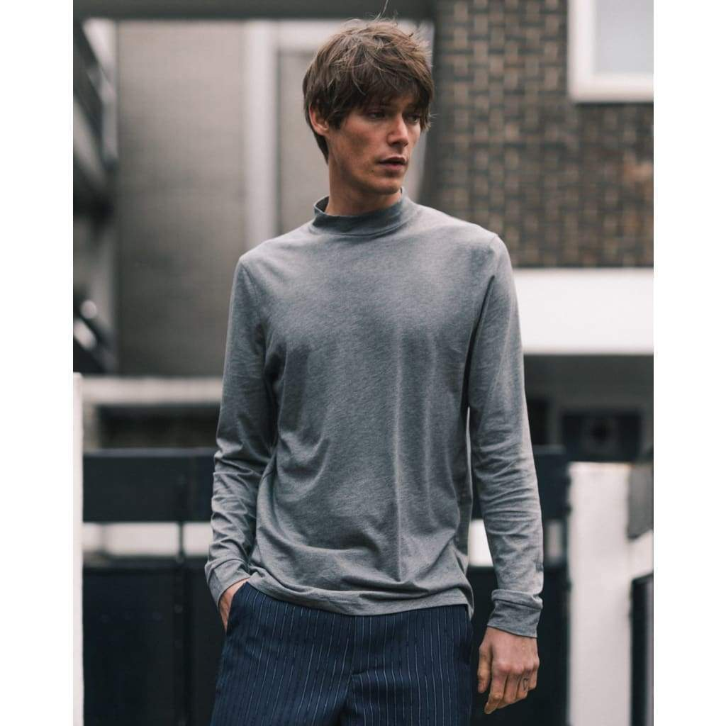 BEAT LONG SLEEVE TEE in SUPIMA CHARCOAL - TEE - Natural Selection London