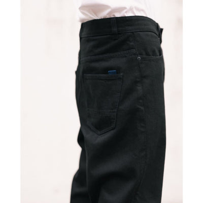 BOXER JEANS in ORGANIC BLACK DENIM - JEA - Natural Selection London