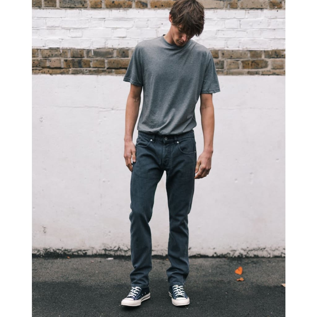 NARROW JEANS in ORGANIC GRAPHITE WASH - JEA - Natural Selection London