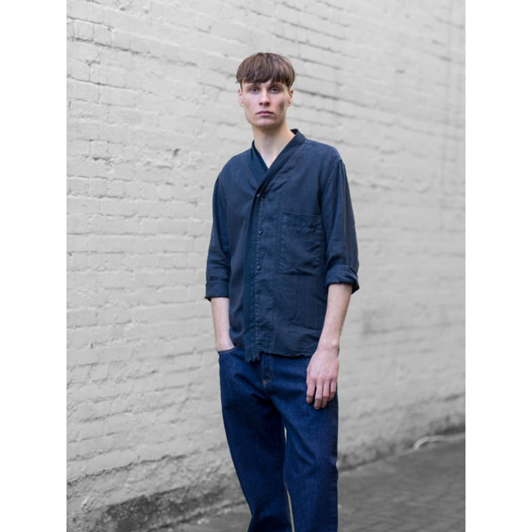 SHAWLNECK SHIRT in NAVY LINEN