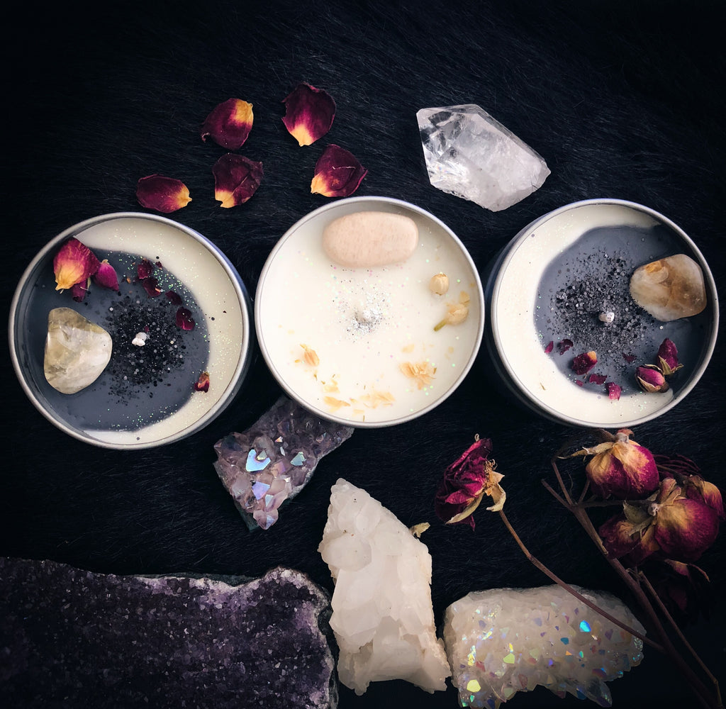 Waxing / Waning Crescent Moon Crystal Candle