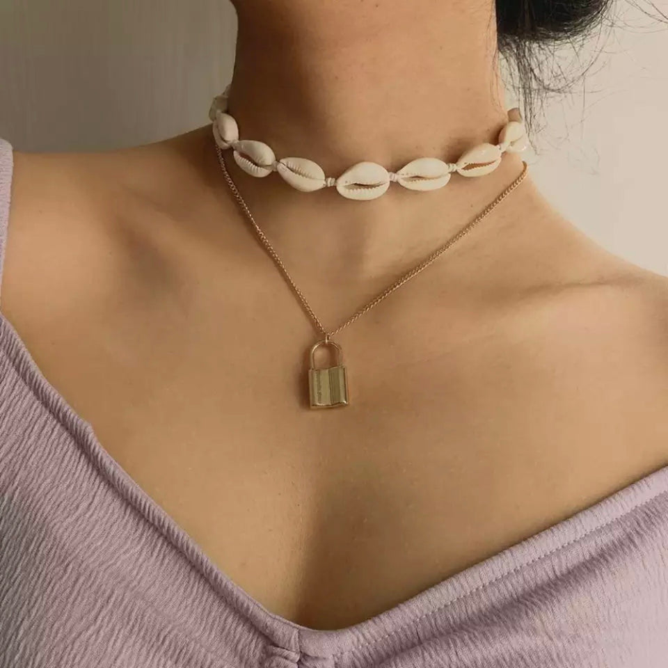SHELL LOCK NECKLACE