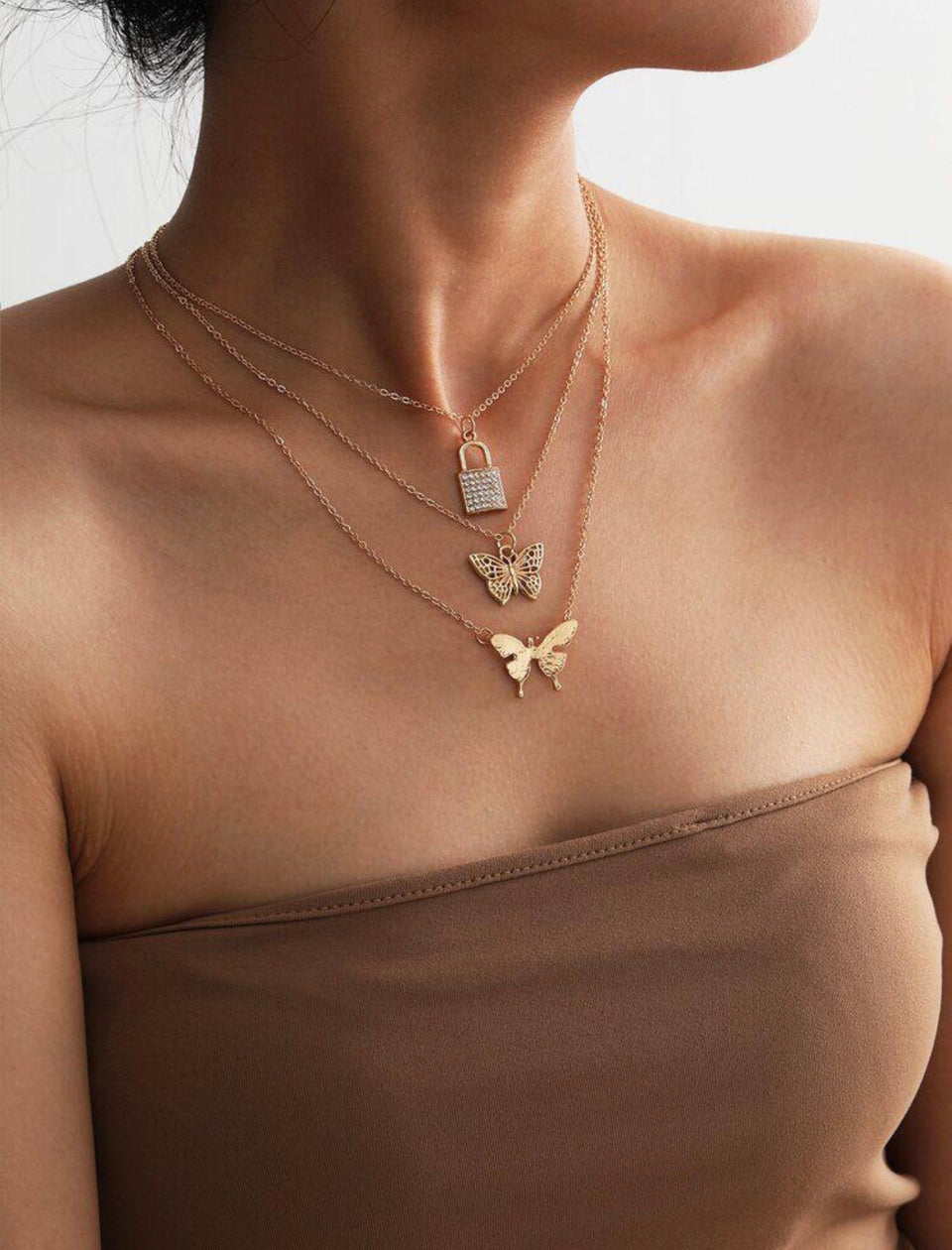 BUTTERFLY LOCK LAYERED NECKLACE
