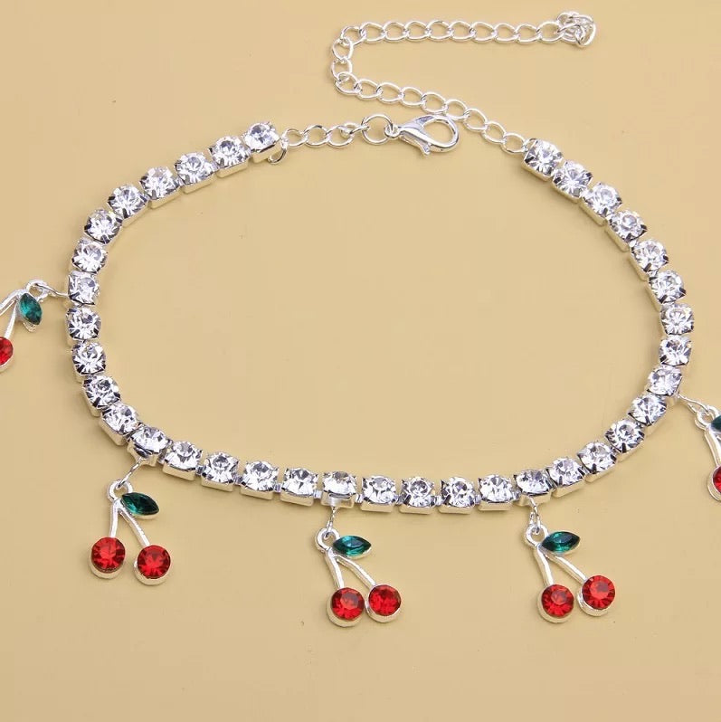 CHERRY ICE CHOKER