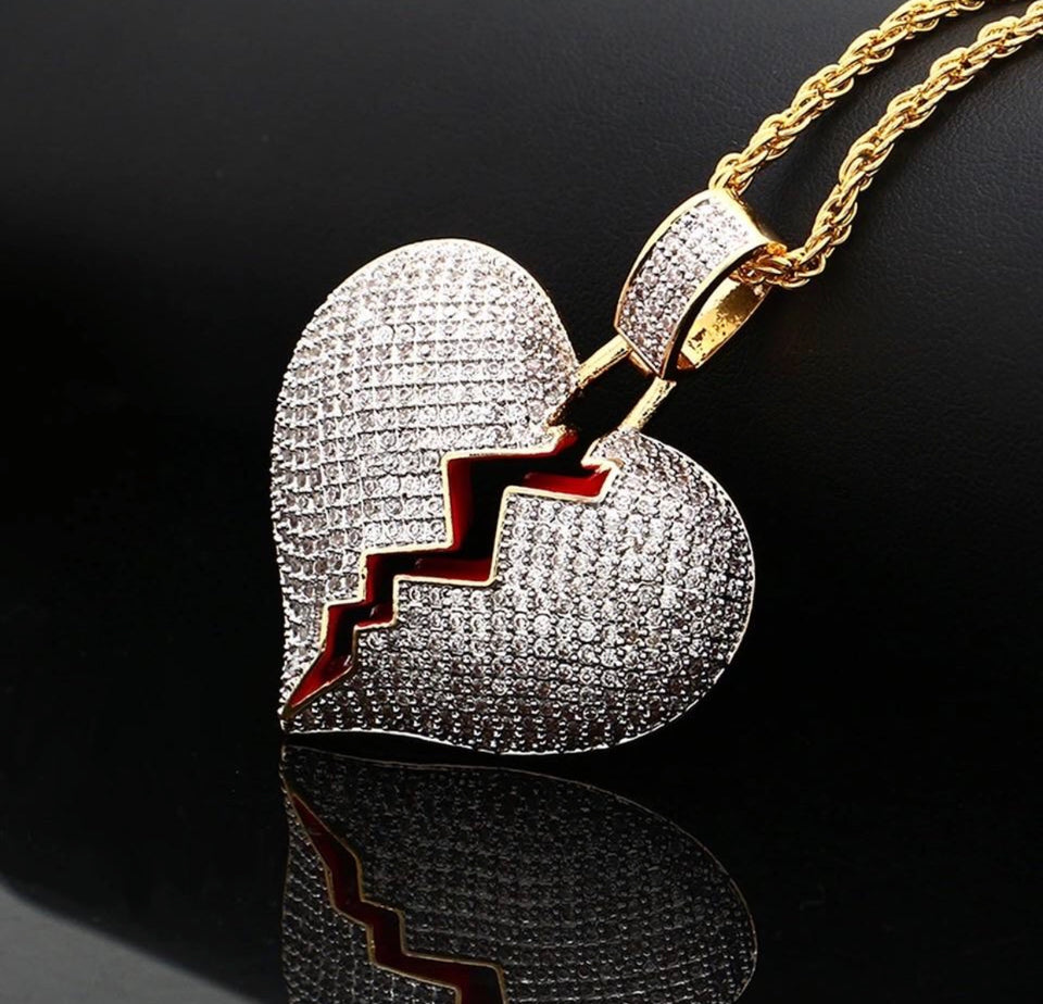 ICED OUT HEART NECKLACE