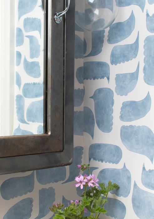Metolius Chatty Azurite Blue Wallpaper Bathroom Detail