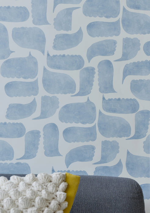 Metolius Chatty Azurite Blue Wallpaper Living Room Detail