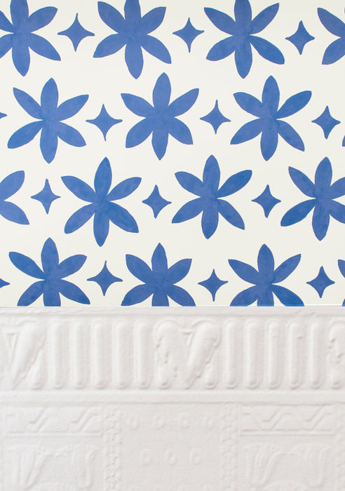 Metolius Ultramarine Blue Paper Flower Wallpaper Scale