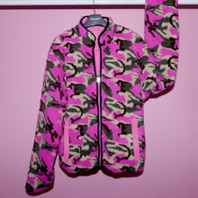 Load image into Gallery viewer, CAMO TEDDY BEAR REVERSIBLE JACKET - FUSCHIA MULTI
