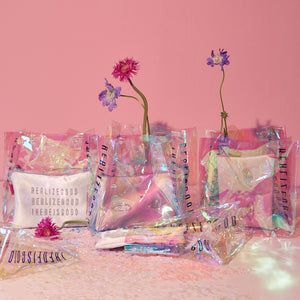 HOLOGRAM REALIZE GOOD BEAUTY TOTE