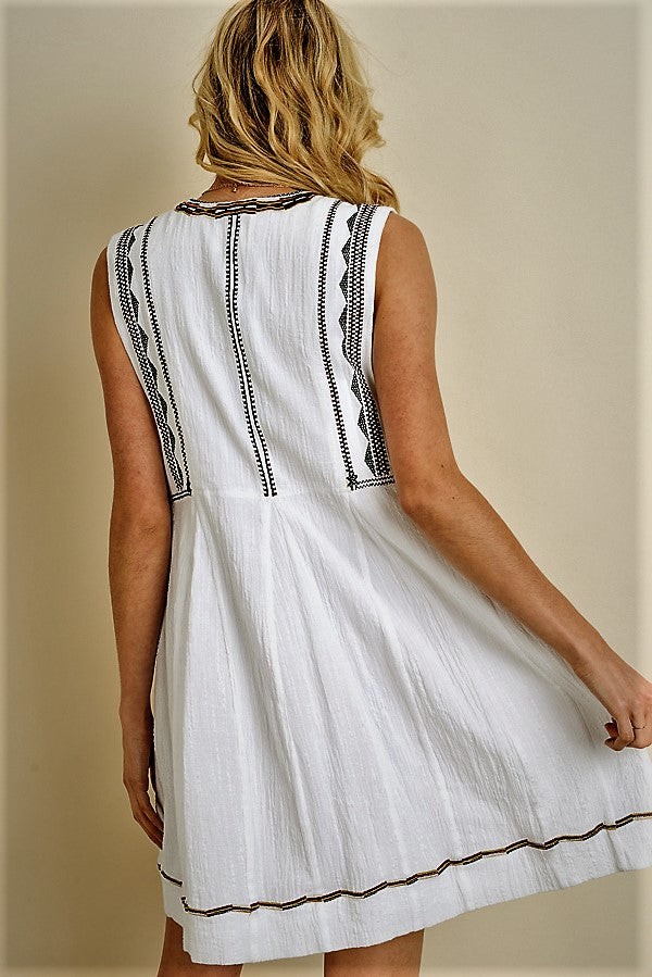 Embroidered Sleeveless dress(JD504)