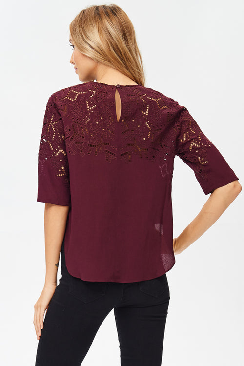 Embroidered 3/4 Sleeve Top(JT17048)