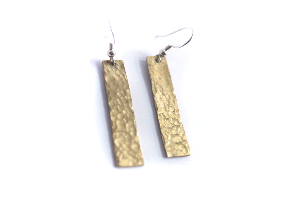 Bar Earrings in Hammered Brass (M)