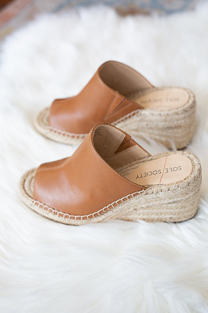 Caleena Wedge - Willow House Boutique