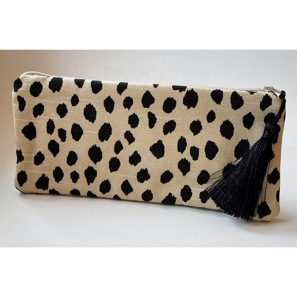 black-animal-print-clutch-bags