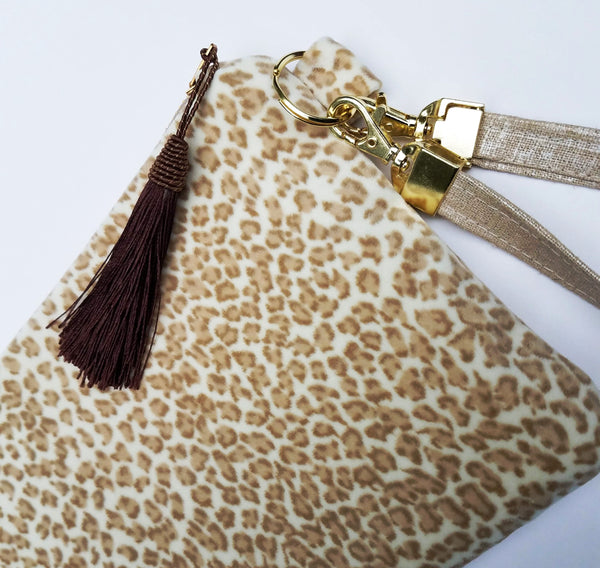 animal-print-clutch-with-strap