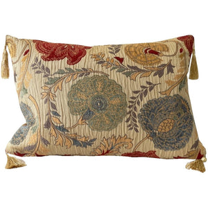 traditional-floral-throw-pillows
