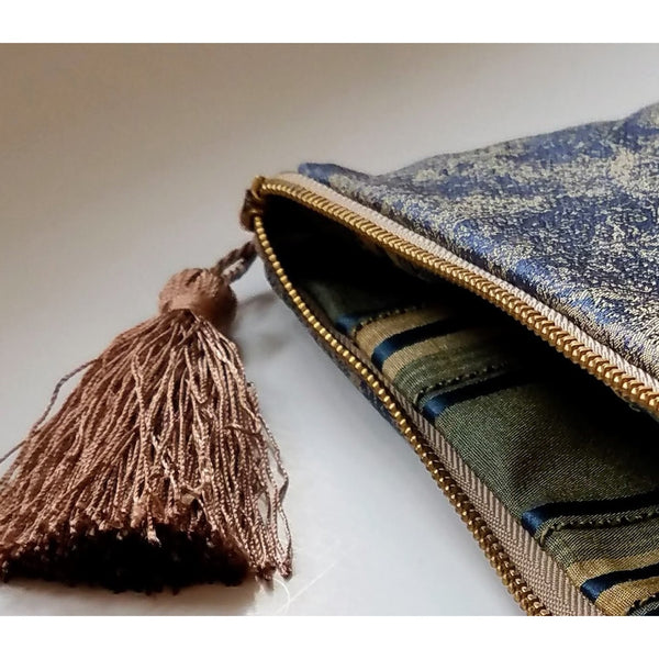 blue-silk-pouches
