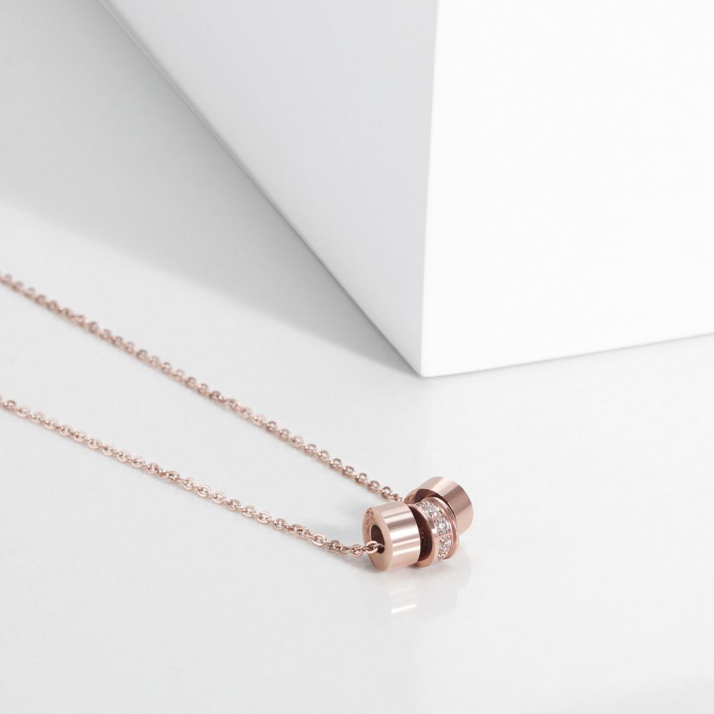 stainless-rose-gold-hoops-cz-pendant-necklace-pendentif-anneaux-pierres-acier-inox-or-rose-T316P016DORO-MIA