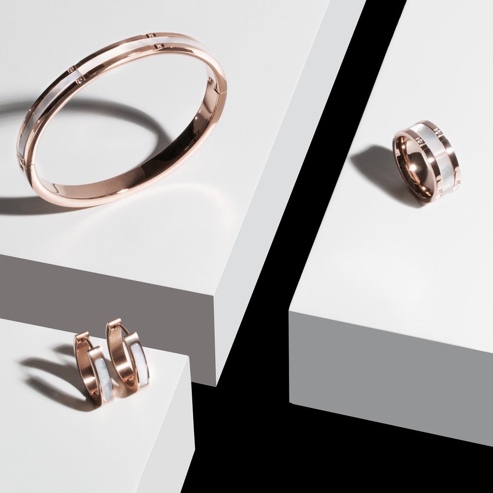 rose-gold-mop-huggie-earrings-stainless-steel-T113E017RO