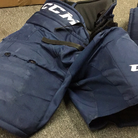 Used CCM HP31 Hockey Pants - Medium - P78