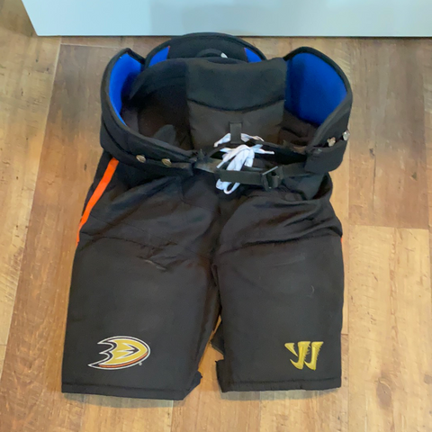Used Warrior Hockey Pants - Medium - Ducks