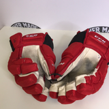"CCM HG97 Hurricanes Red Gloves - 14"" - G13"