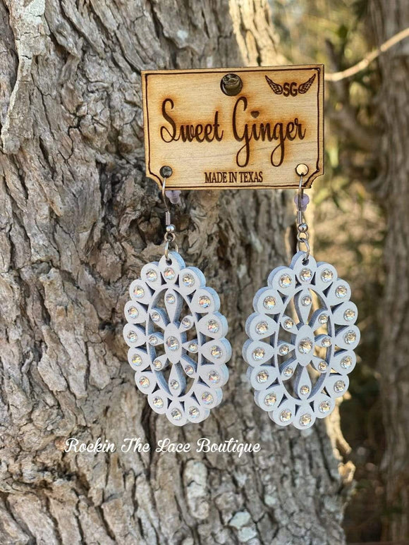 White Oval Earring - Sweet Ginger New Rockin The Lace Boutique