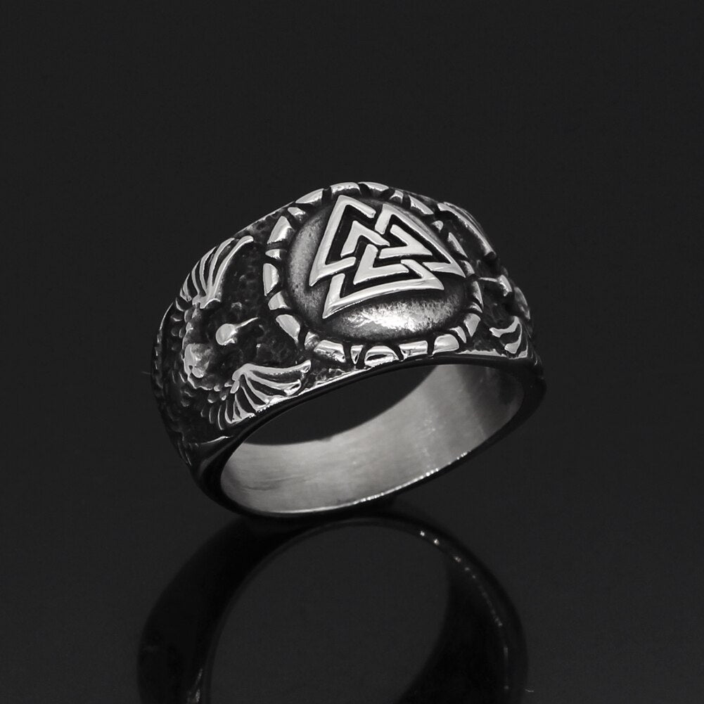 Valknut Ring With Odin's Ravens