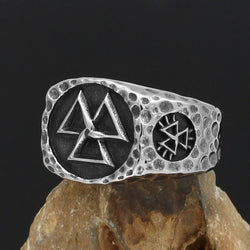 Valknut Ring With Hidden Vegvisir Symbol - Odins-Glory