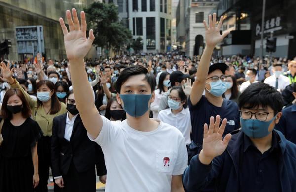 How The Face Mask Became An Environmental Political And Stylistic Staple