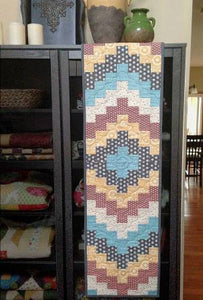 Waverunner - Table Runner pattern