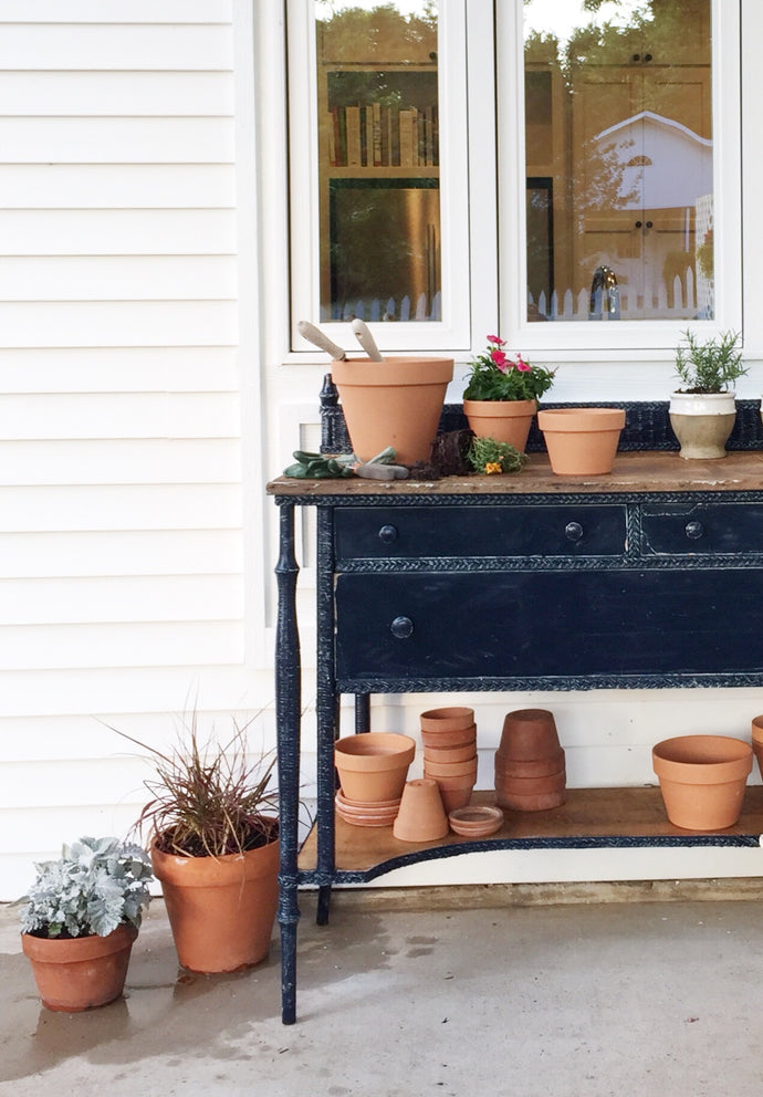 A 'HOME TO LAST'-INSPIRED DIY FOR YOUR BACKYARD