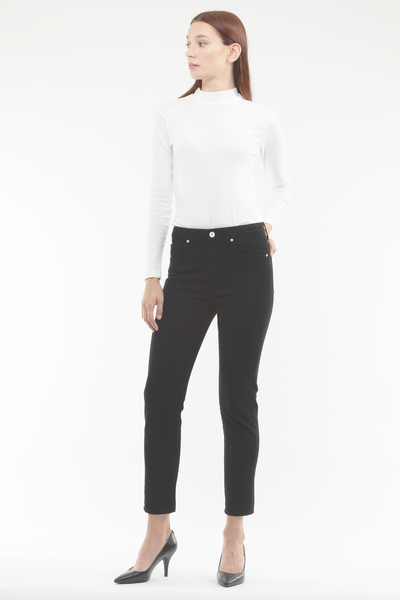 Ally Tapered Jeans in Black