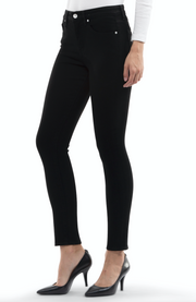 Arianna Skinny Jeans in Black