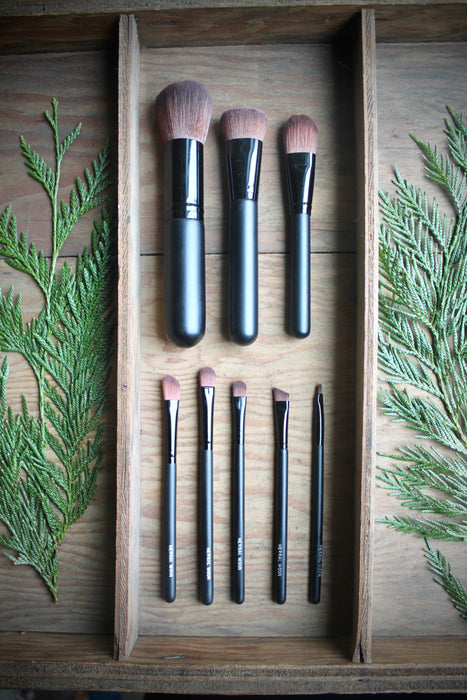 Cosmetic Brush • The Small All Over Brush