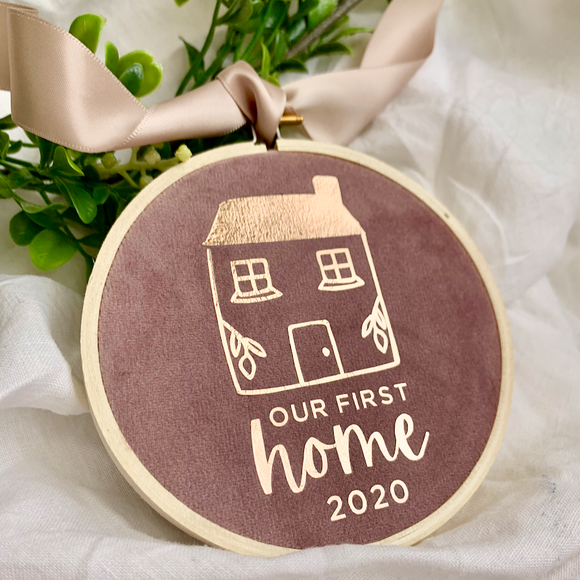 Our First Home 2020/ 2021 Heirloom Hoop 10cm