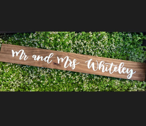 Mr and Mrs Freestanding Table Sign