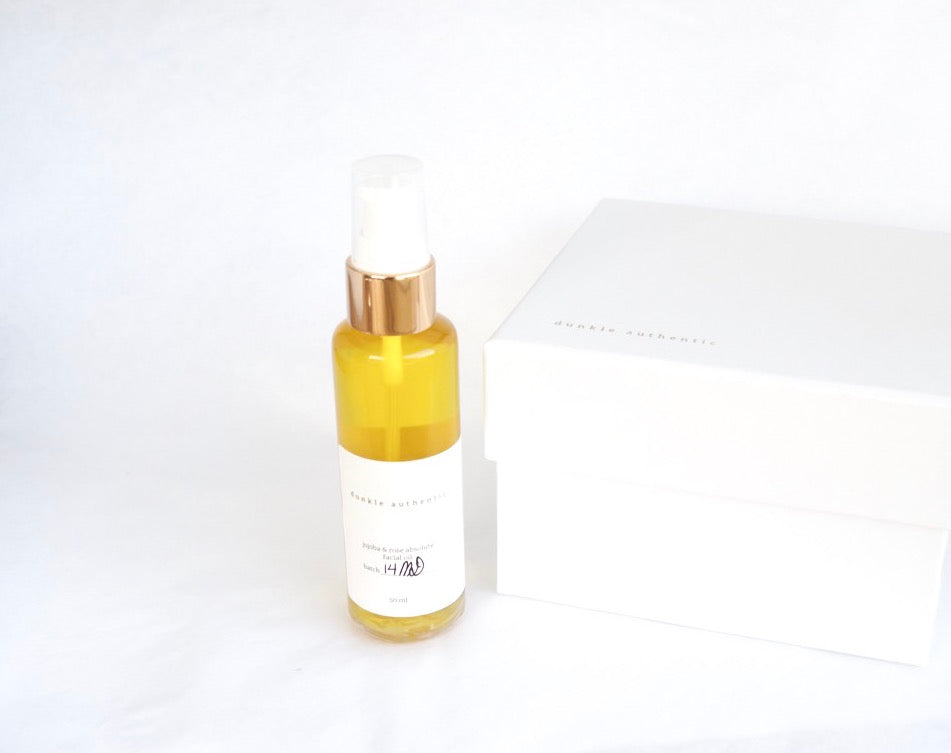dunkle authentic jojoba and rose facial oil
