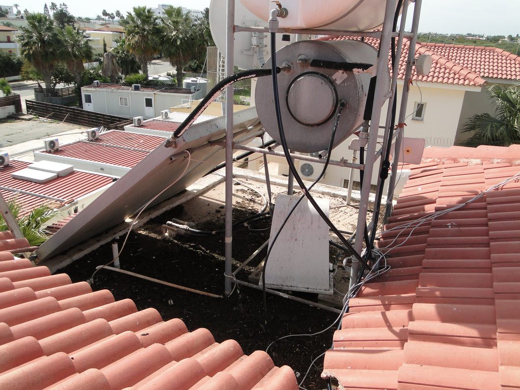 Cleaning Of Pigeon Droppings or Sparrow Mess And Guano On Roof or Balcony