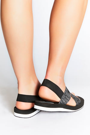Comfortable, silver, non-leather sandals for modern, sporty and active women. Ideal for everyday, travel, yoga and style with comfort. Lift your everyday style with a touch of sparkle.