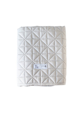 MOLLY & MOO QUILTED BLANKET GREY