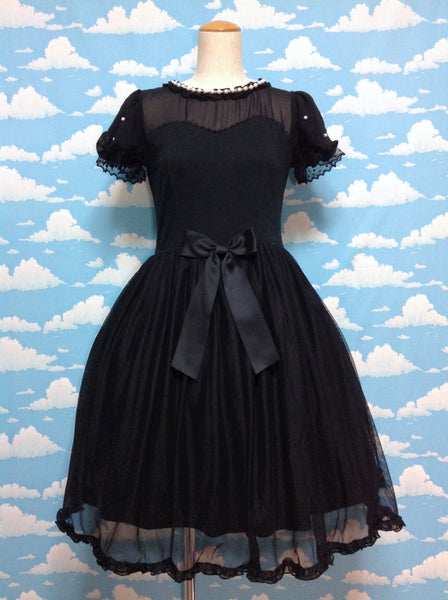 Airy Girl Cutsew OP in Black from Angelic Pretty